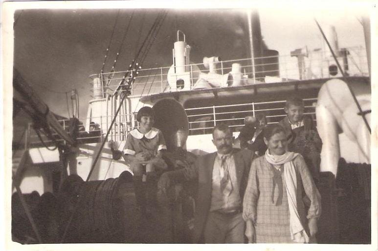 Oberägeri – Le Havre – New York: Die Familie Iten-Meier auf dem Passagierdampfer «France», 1926. Sie wandert 1914 nach Kalifornien aus. ©Museum Burg Zug