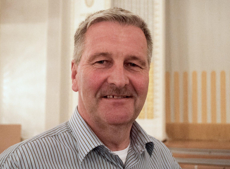 Hans Baumgartner aus Cham führt den Widerstand gegen den Kiesabbau bei Hattwil an.