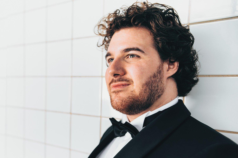 Mauro Peter singt seit er 25 ist am Opernhaus Zürich – und auf ganz vielen weiteren Bühnen.