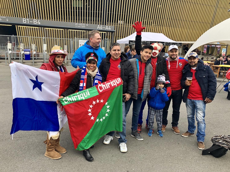 Die Stimmung ist bei den Panamaer vor dem Spiel gegen die Schweiz euphorisch.