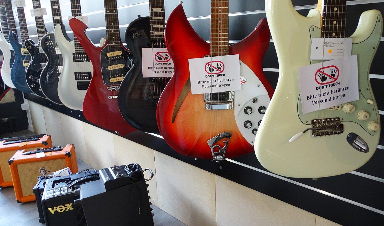 Gitarren sind die Kernkompetenz im Musikhaus Luzern.