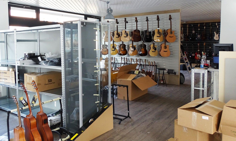 Blick in den neuen Laden an der Maihofstrasse, wo fast alles bereit ist.