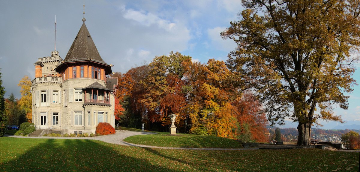 Das Konservatorium im Dreilindenpark – ein Ort mit Geschichte und viel Grün.