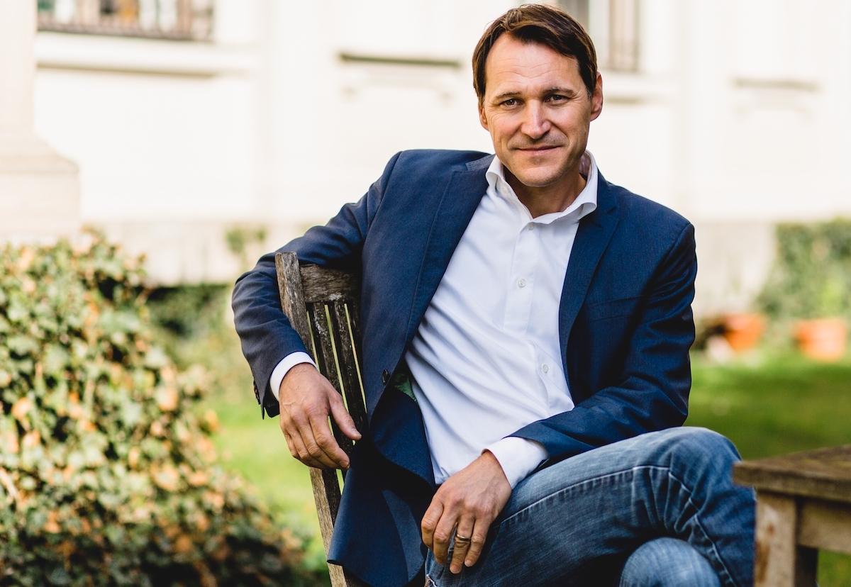 Rolf Dobelli ist ein Mann der Wirtschaft, der Philosophie und der praktischen Ratgeber. Und Nummer 73 der Schweiz.