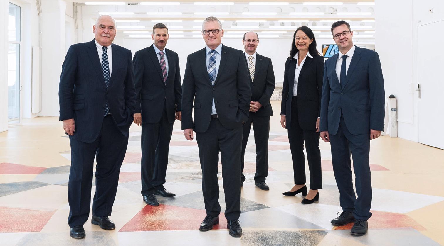 Der Gemeinderat von Emmen. Von links:Urs Dickerhof, Josef Schmidli, Rolf Born, Thomas Lehmann, Susanne Truttmann, Gemeindeschreiber Patrick Vogel.