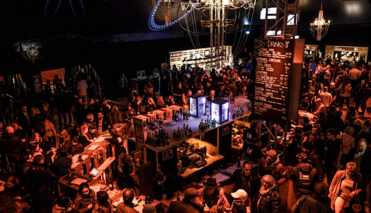 30'000 Gäste an über 80 Konzerten: Hier darf das OX'n-Team den Jetset verwöhnen.