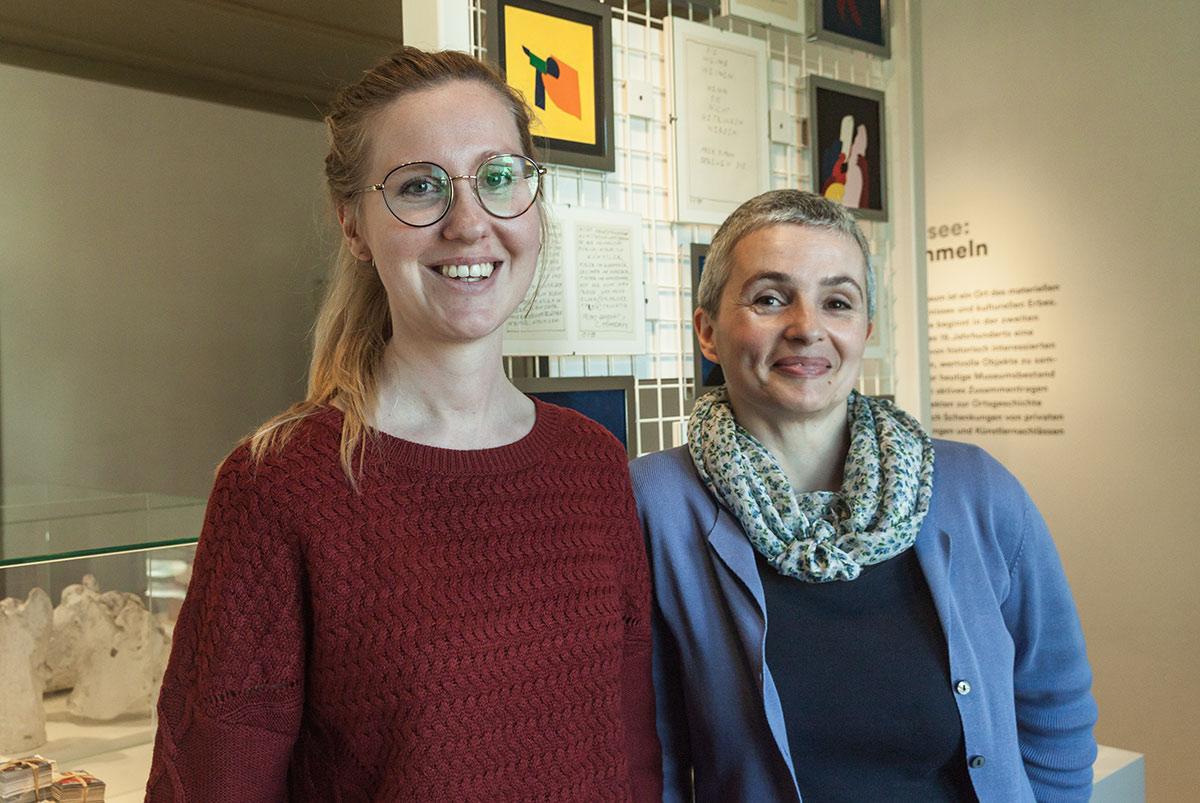 Sibille Arnold (links) und Bettina Staub führen gemeinsam das Museum Sankturbanhof Sursee.