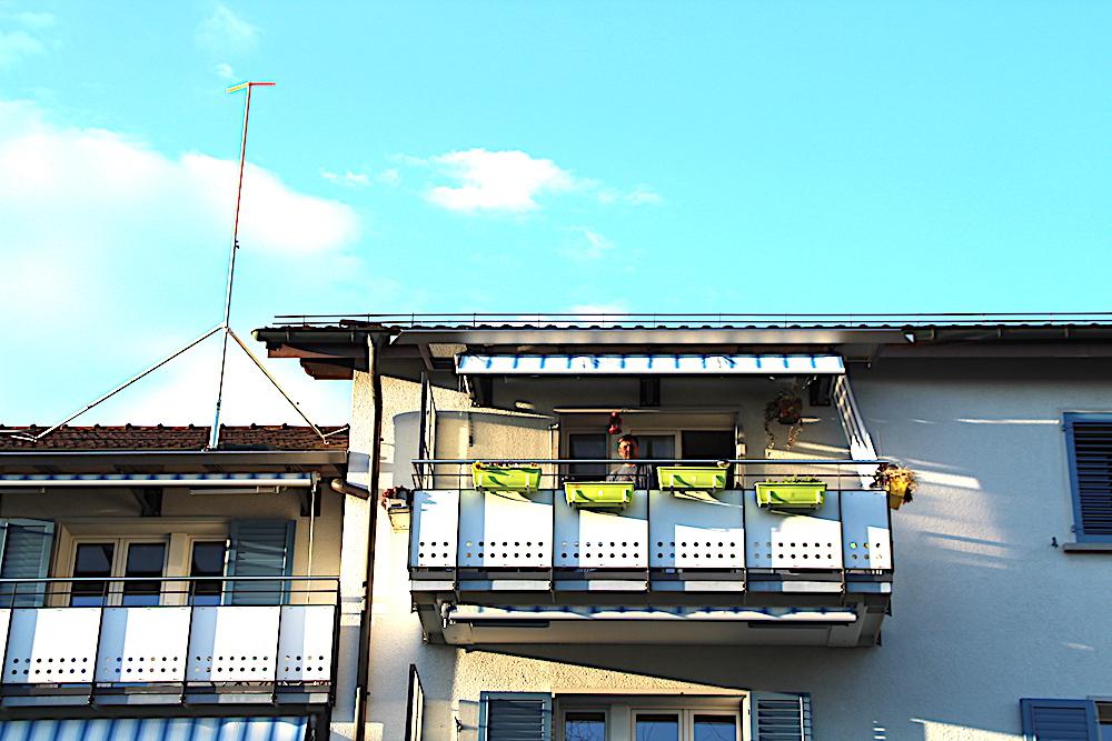 Die Bauprofile stehen auf dem Dach – das Schicksal der drei Wohnblocks aus den 50-er Jahren ist besiegelt: Sie sollen demnächst abgerissen werden.