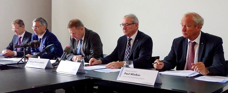Diesen fünf Herren schenkte die Luzerner Stimmbevölkerung bei den letzten Wahlen ihr Vertrauen. Von links: Reto Wyss, Guido Graf, Marcel Schwerzmann, Robert Küng und Paul Winiker.