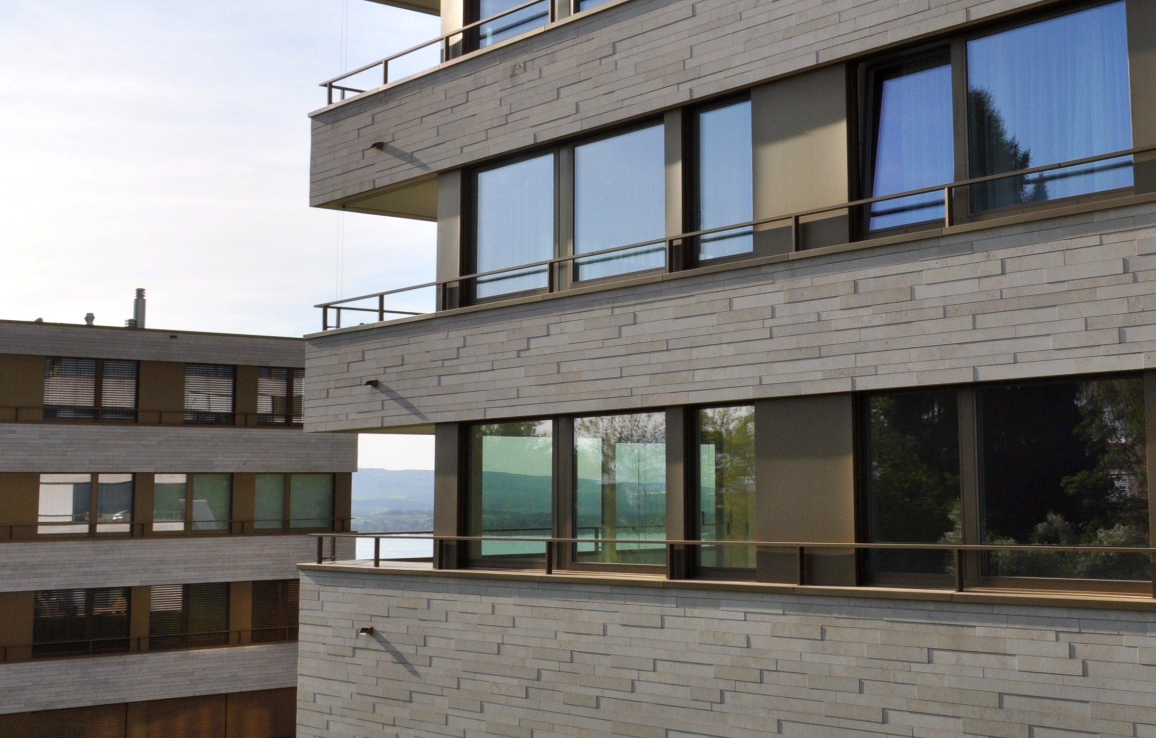 Ausbau mit edlen Materialien – aber anspruchslose Architektur: Leerstehende Wohnung im Edenpark.