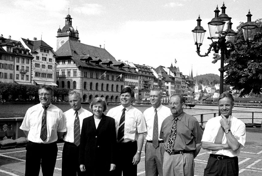 Der Luzerner Regierungsrat 2001: (v.l.) Paul Huber (SP), Ulrich Fässler (FDP), Margrit Fischer (CVP), Markus Dürr (CVP), Kurt Meyer (CVP), Anton Schwingruber (CVP) und Max Pfister (FDP).