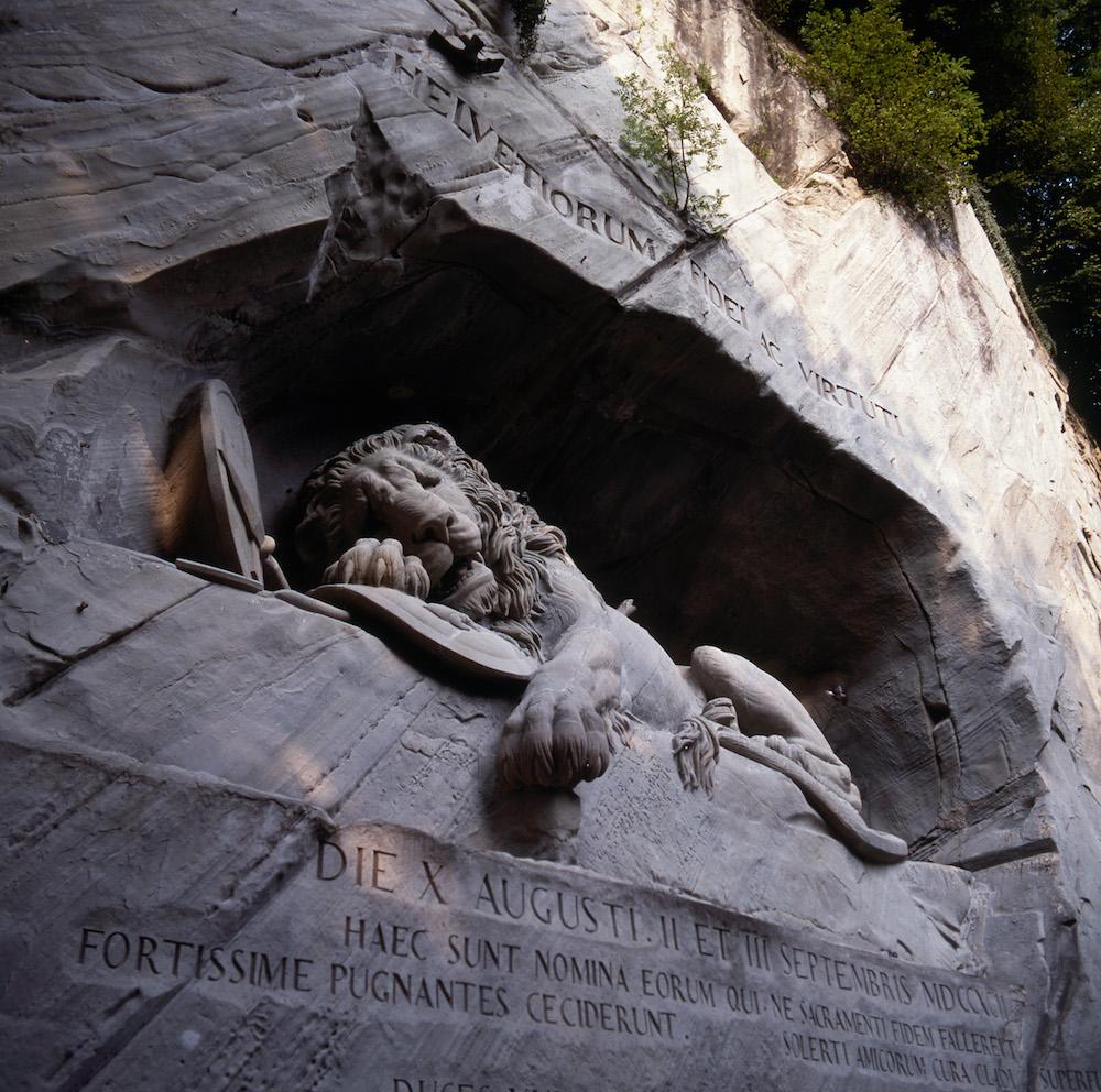 Das Luzerner Löwendenkmal ist nicht im Luzerner Denkmalschutz-Verzeichnis aufgeführt. Es steht seit 2006 unter Schweizer Denkmalschutz.