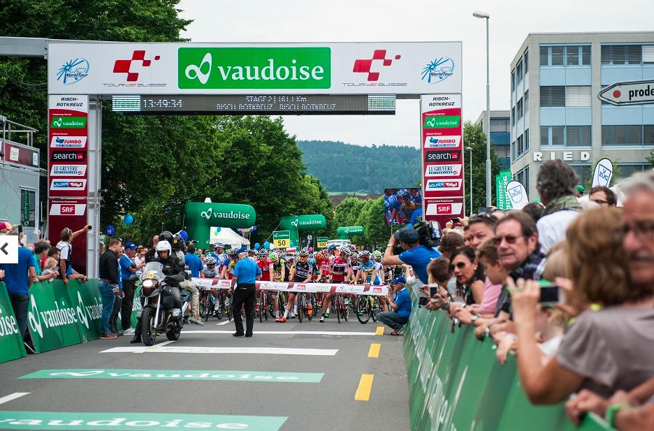 Grosse Begeisterung herrschte unter den Rischer Radsportfans in Rotkreuz beim Auftakt der «Tour de Suisse» 2015.