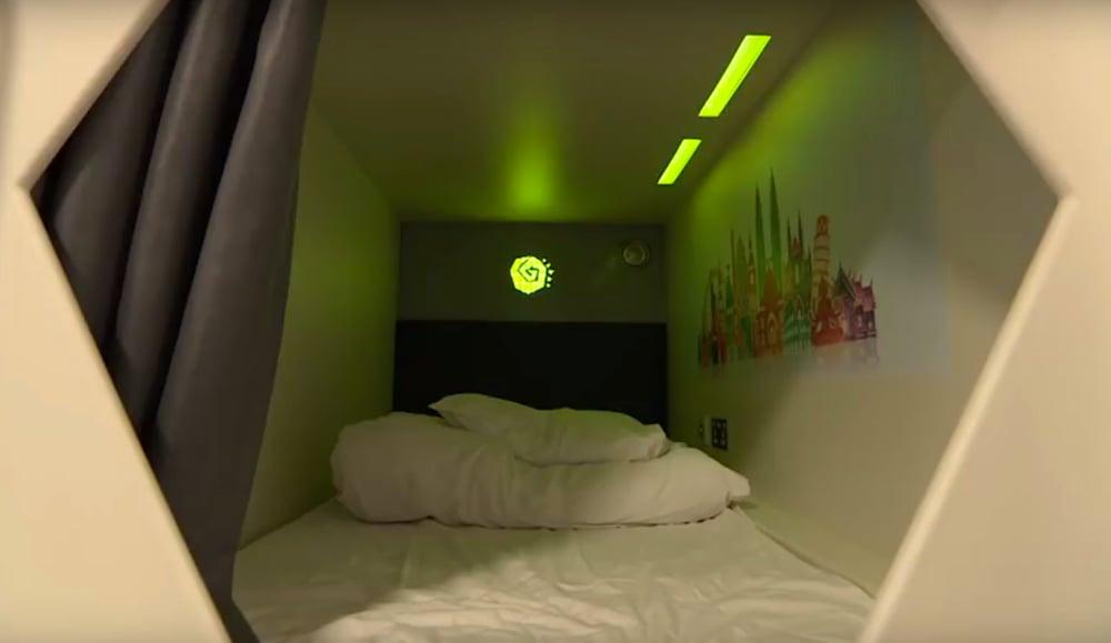 So könnte die Schlafbox aussehen – im Bild ein Exemplar des ersten «capusle hotel» in London.