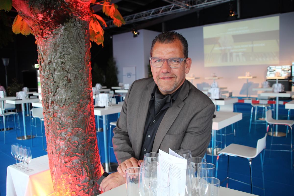 Matthias Luchsinger ist der Gesamtleiter des einwöchigen Zuger Anlasses.