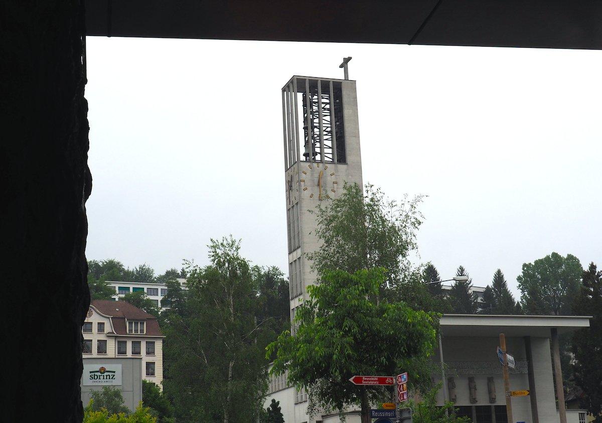 Die St.-Karli-Kirche hat ihre Türen schon vor Jahren einer Reihe anderer Glaubensgemeinschaften geöffnet.