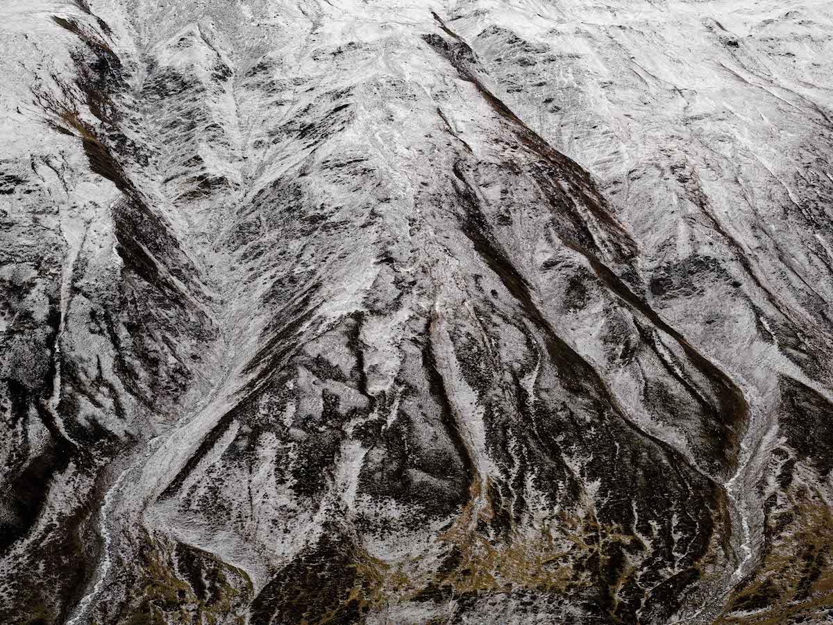 Der Berg zeigt seine Pranke: Gesteinsmassiv am Furkapass.