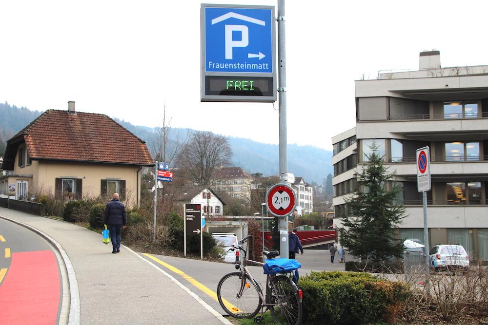 Das Zuger Parkhaus Frauensteinmatt hat viele freie Parkplätze – auch für so manchen ungeliebten Gast.