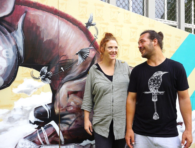 Vero und Marco Schmid, bekannt als Queenkong, freuen sich über die künstlerische Plattform im öffentlichen Raum.