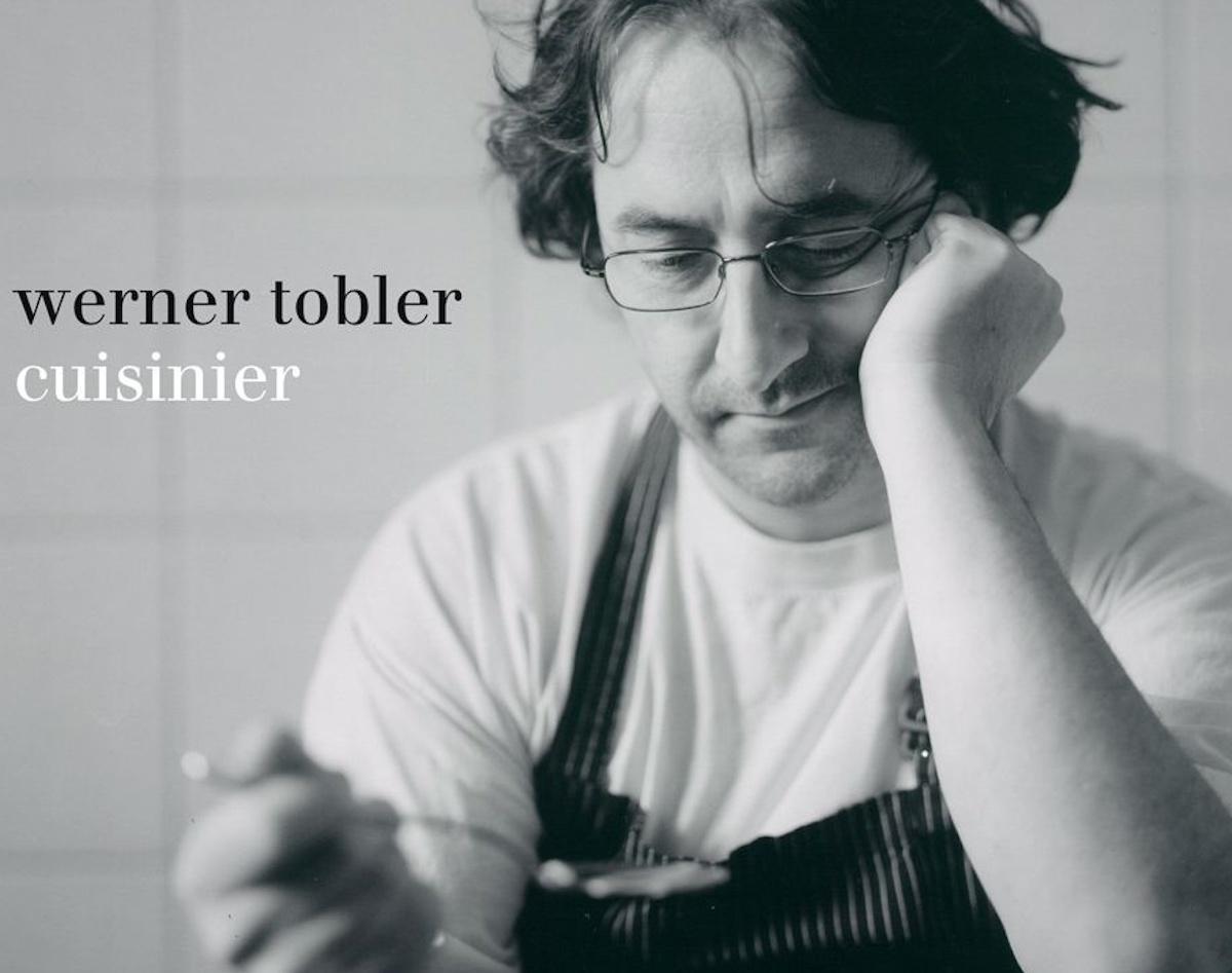 1,4 Kilo schwer ist das Buch, das Rezepte und Lieferanten des Kochs Tobler vorstellt.
