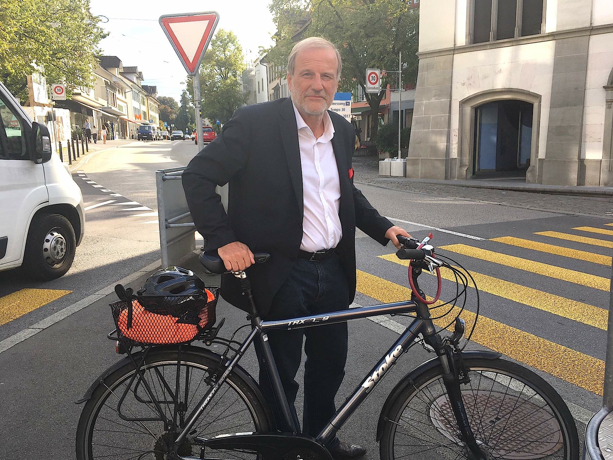 Weltenbummler auch ohne Bitcoin: Der Zuger Stadtpräsident Dolfi Müller.