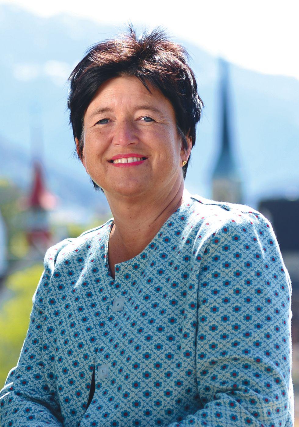 Vroni Straub-Müller (Bild) will 2018 erste Stadtpräsidentin in der Geschichte von Zug werden.