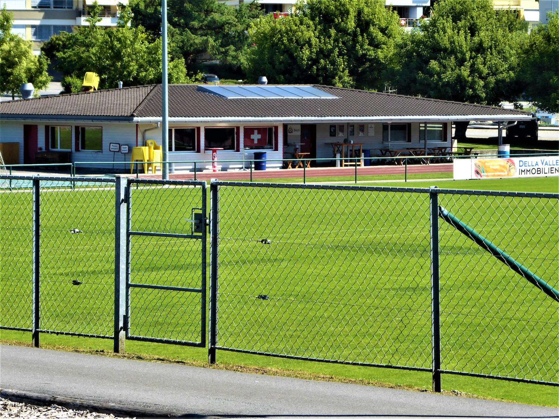 Das Clublokal ist ein weiterer Unruheherd, weil dort die Fussballer nach dem Training zusammensitzen.