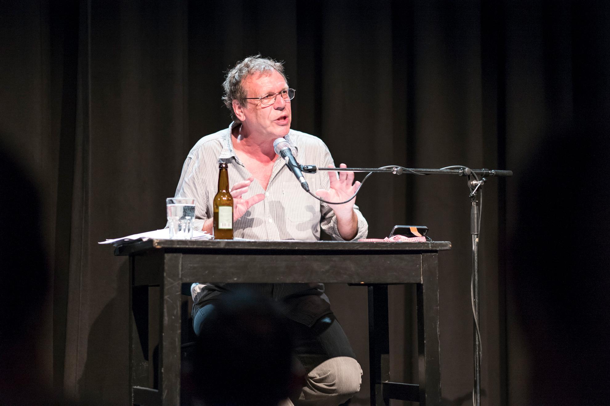 Wenn Georg Schramm in Luzern auf die Bühne steigt, ist ihm ein treues Publikum gewiss.