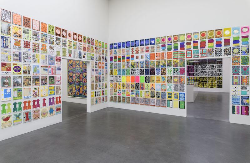 Ausstellungsansicht «Ab auf die Insel!» mit Werken von Claude Sandoz