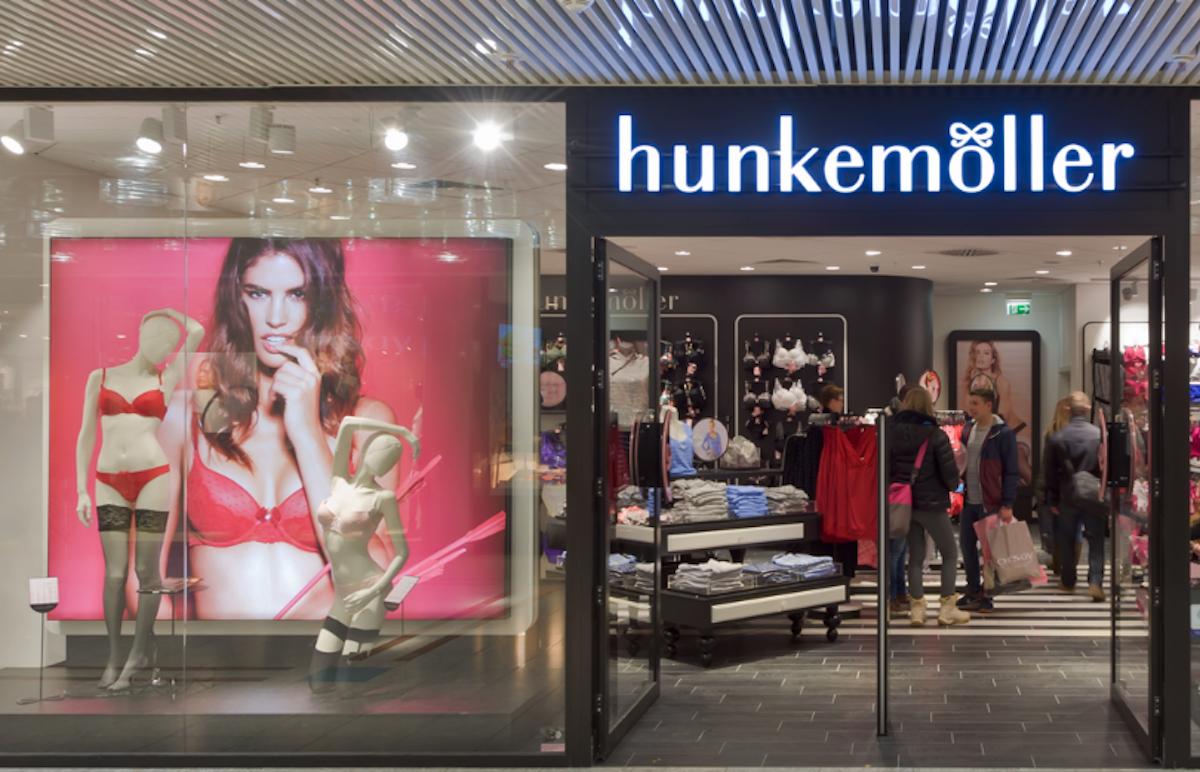 Zwischen erotisch und bieder: So präsentieren sich Hunkemöller-Läden von aussen.