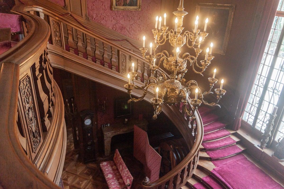 Die Eingangshalle rollt den Besuchern den Teppich aus und ist ein beliebtes Fotosujet für Hochzeitspaare.