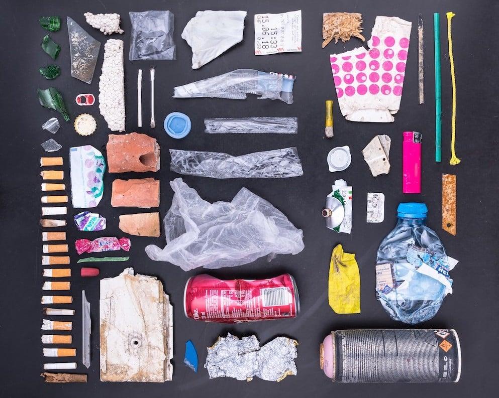Der gefundene Abfall in einem Gewässer im Rahmen des Swiss Litter Reports.