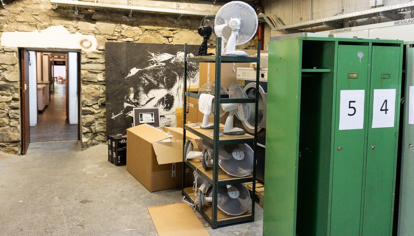 Frische Luft für den Keller: Im Lagerraum des Hotels Barabas entsteht die neue Blok-Bar.