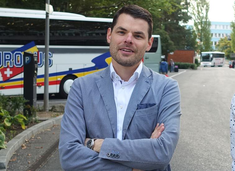 FDP-Präsident Fabian Reinhard lehnt Bevormundung auf Kosten der Freiheit ab.