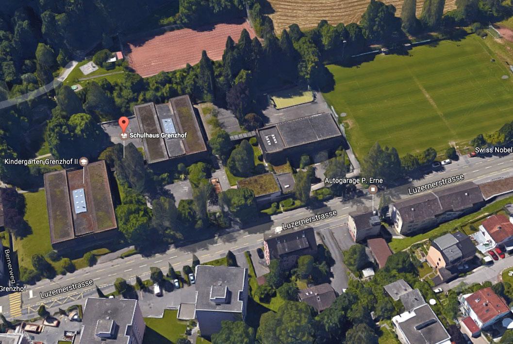 Die Schulanlage Grenzhof an der ehemaligen Stadtgrenze Luzern–Littau.