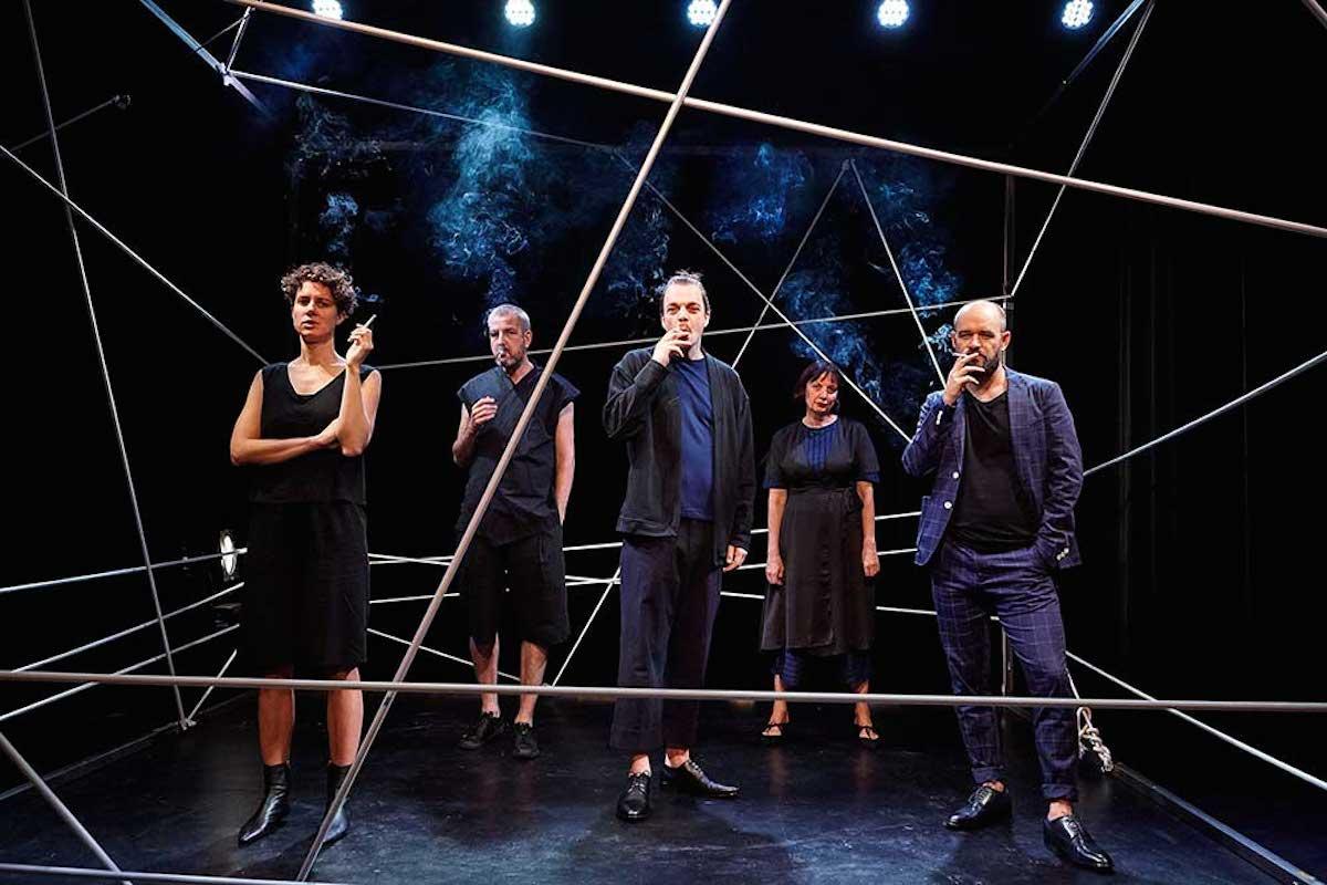Theater Aeternam mit «Bandscheibenvorfall» im Kleintheater.