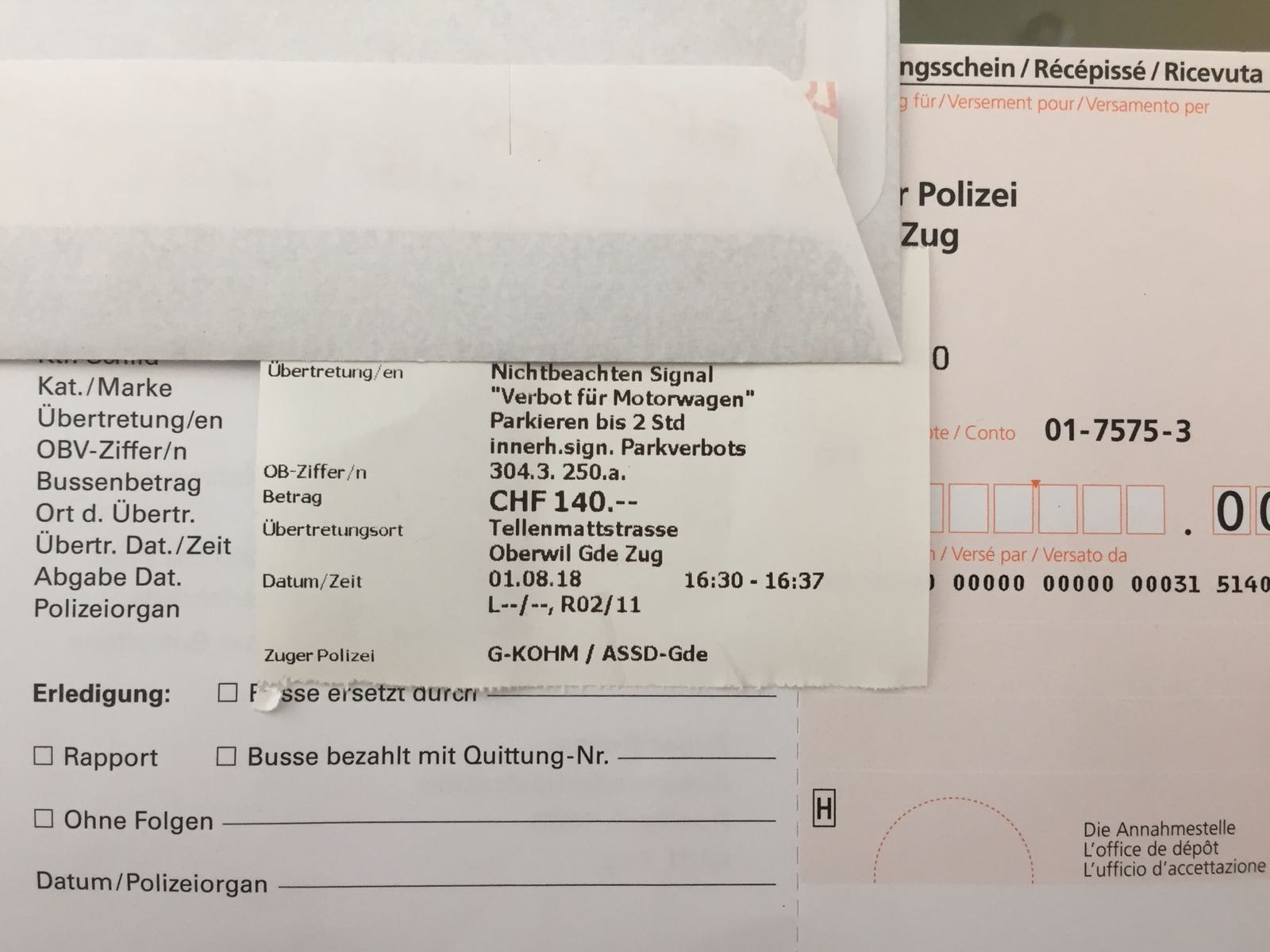 Saftige Busse: Falschparker in Oberwil mussten am 1. August tief in die Tasche greifen.