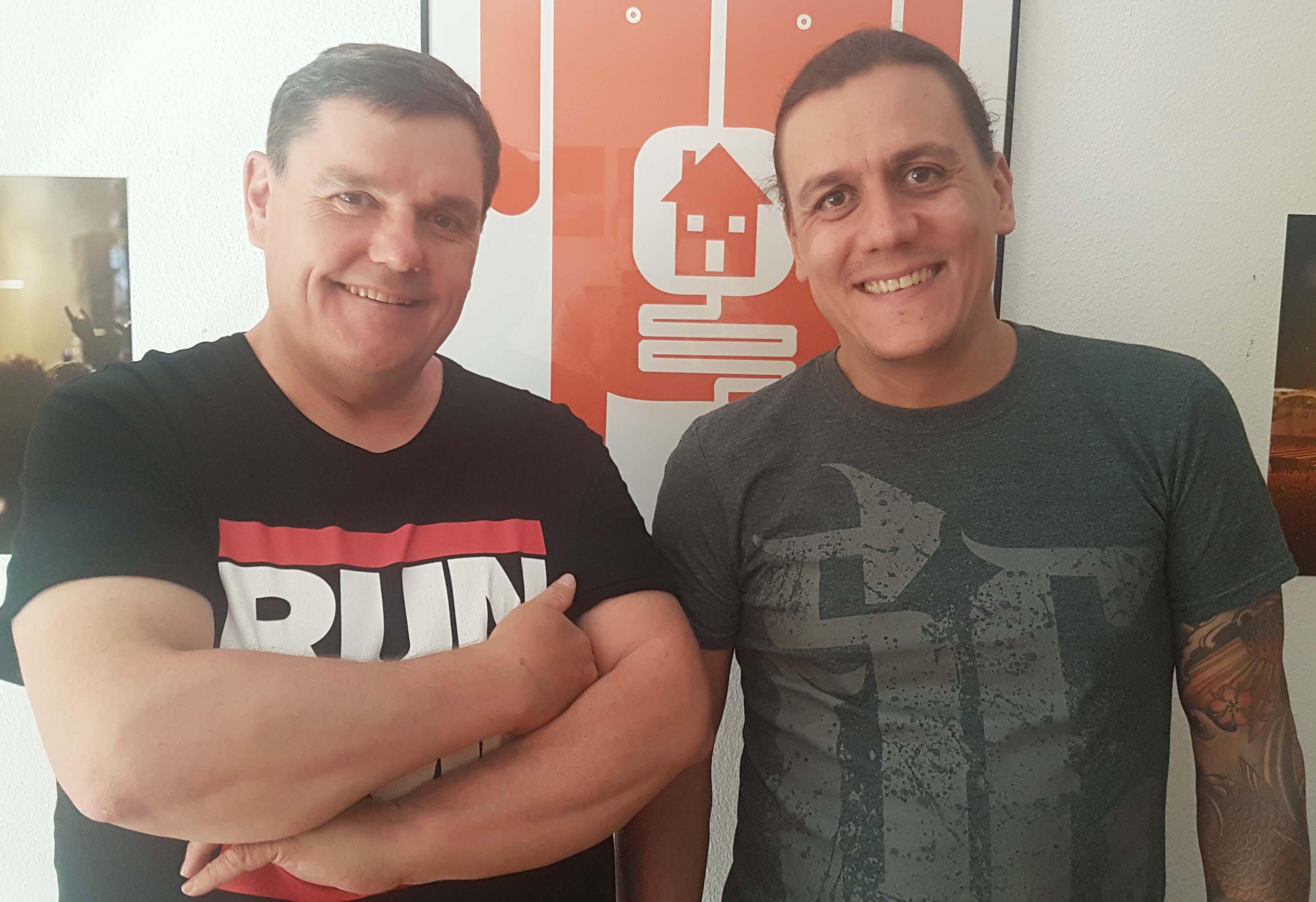 Martin Koch (links) und Cyril Montavon sind für das musikalische Programm im Stadtkeller zuständig.
