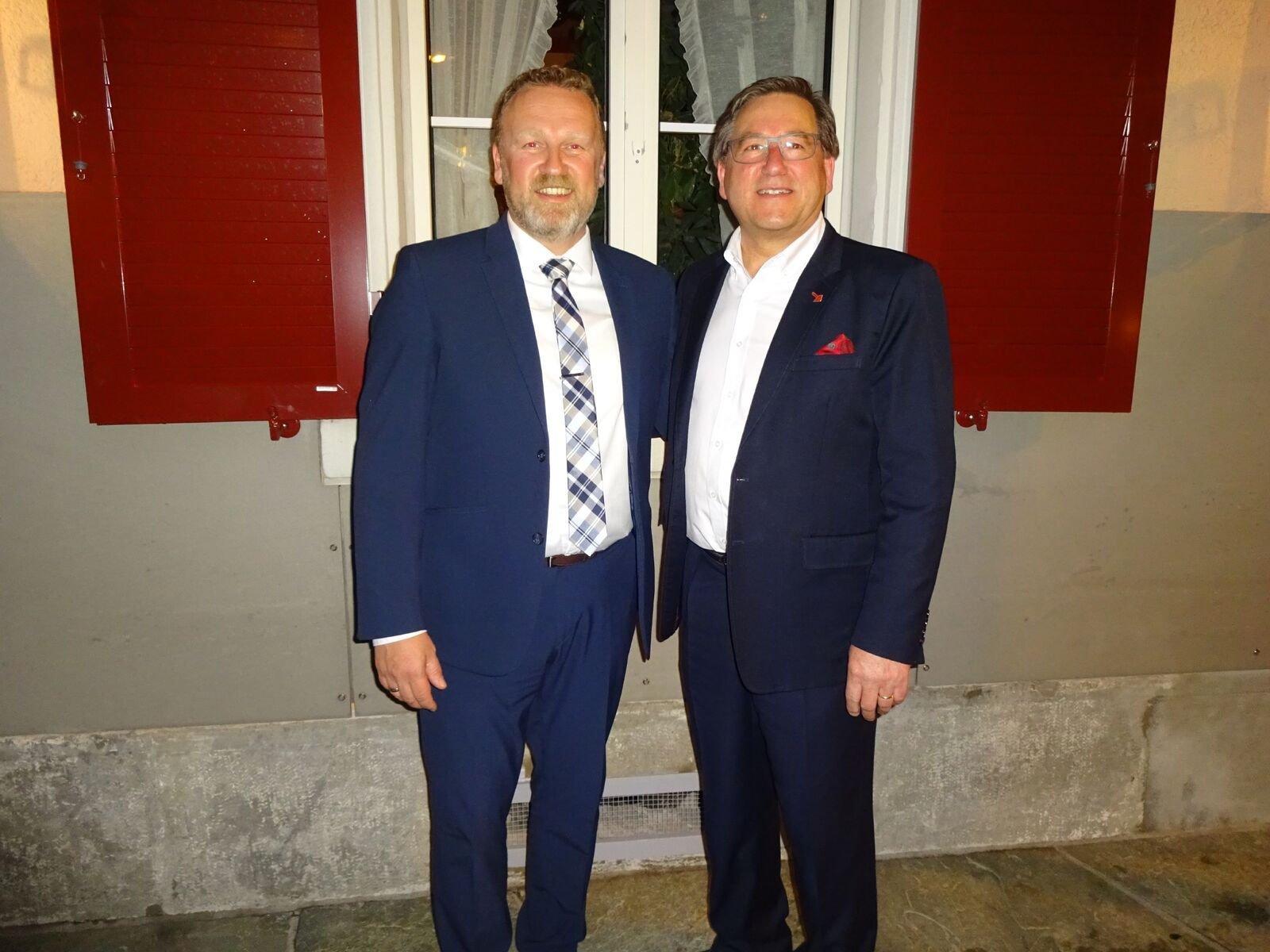 Oliver Wandfluh (links) und Max Colpi wollen für die SVP in den Gemeinderat von Baar.