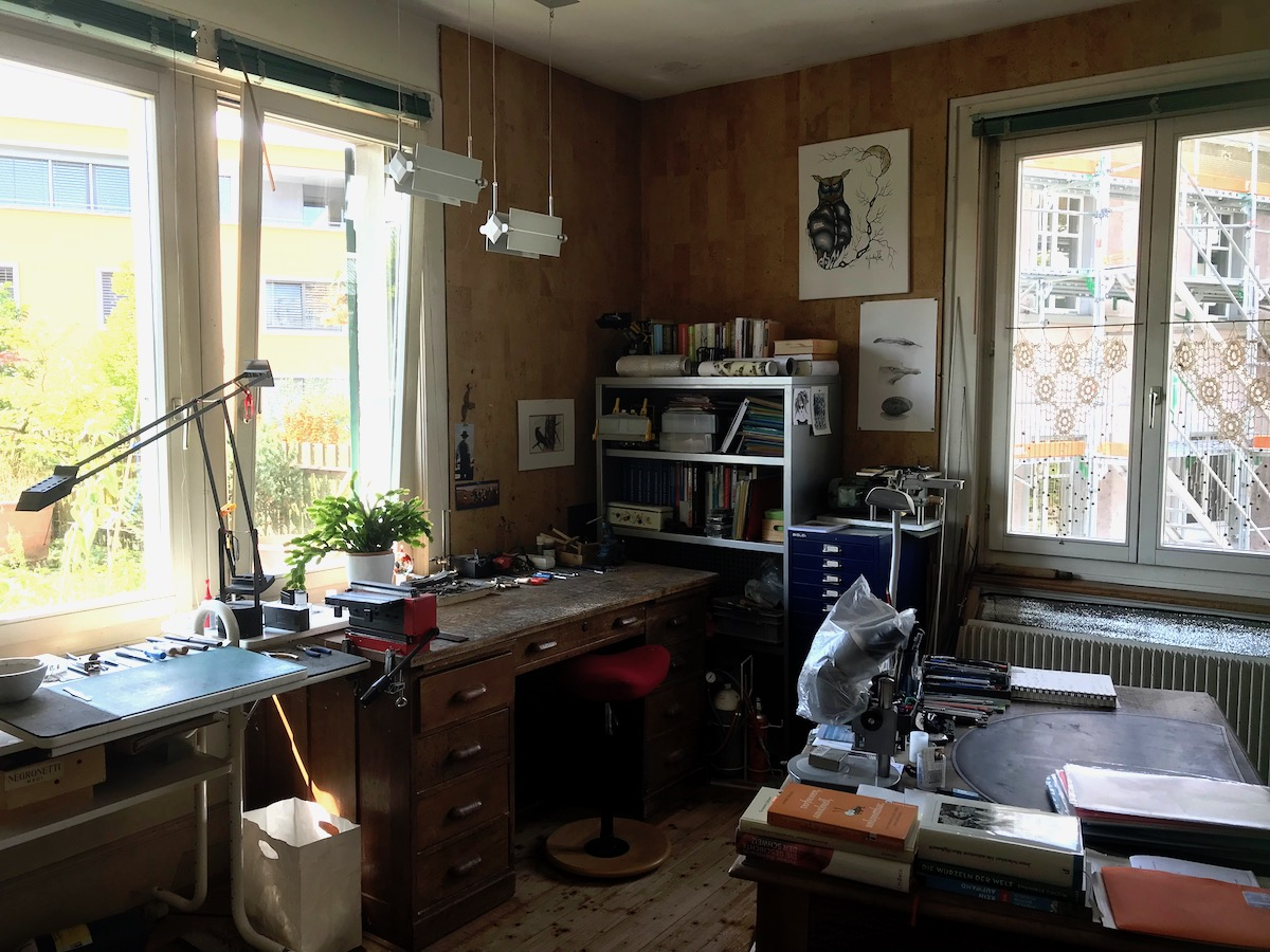 In Birrers Werkstatt baut er unter anderem Bauernwagen und Fagottrohre.