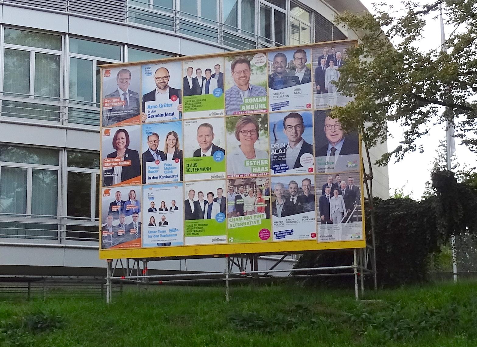 Zentrale Polit-Plakatwand in Cham.