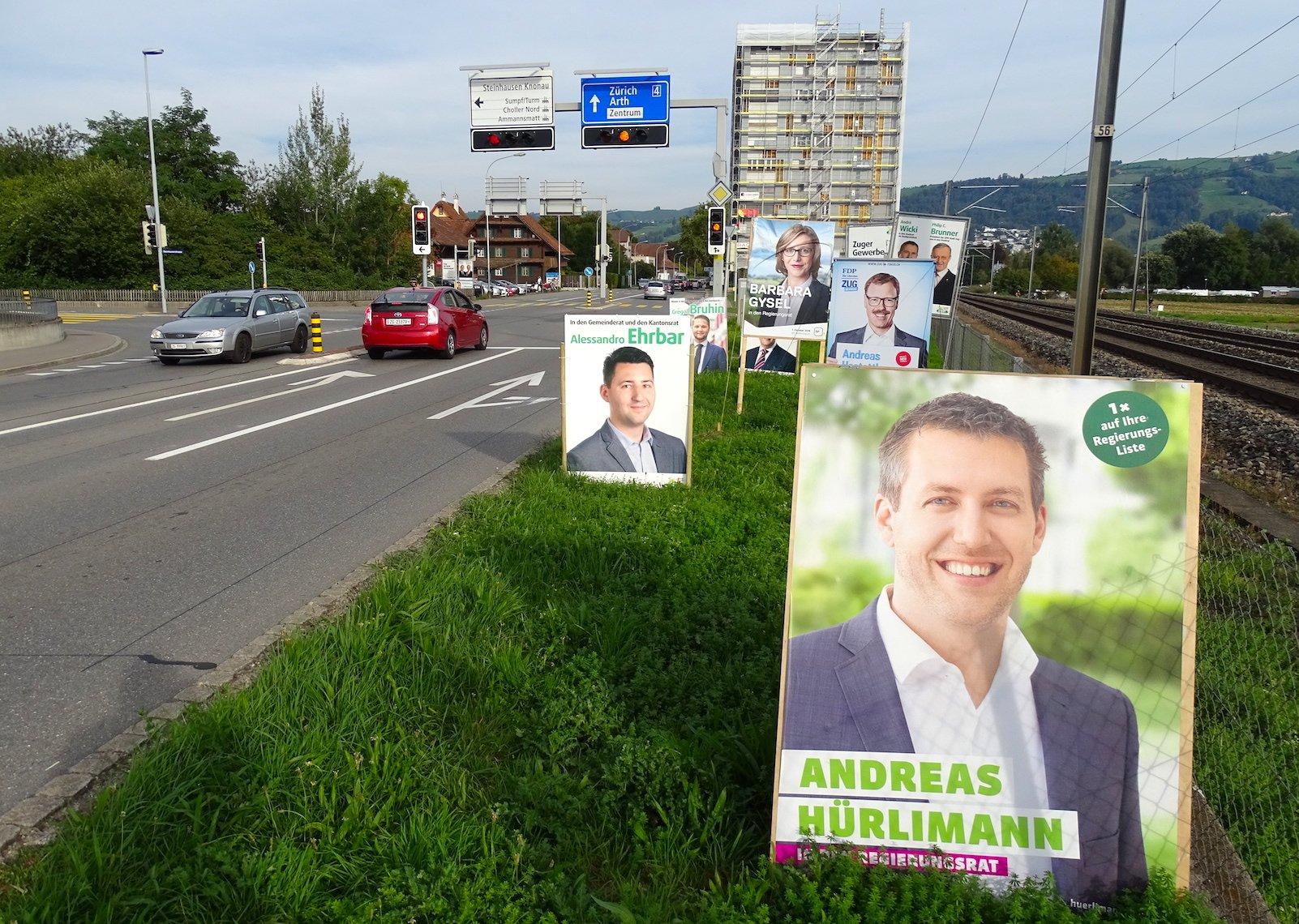 Weniger eingeschränkt: Wahlwerbung beim Rank in der Stadt Zug.