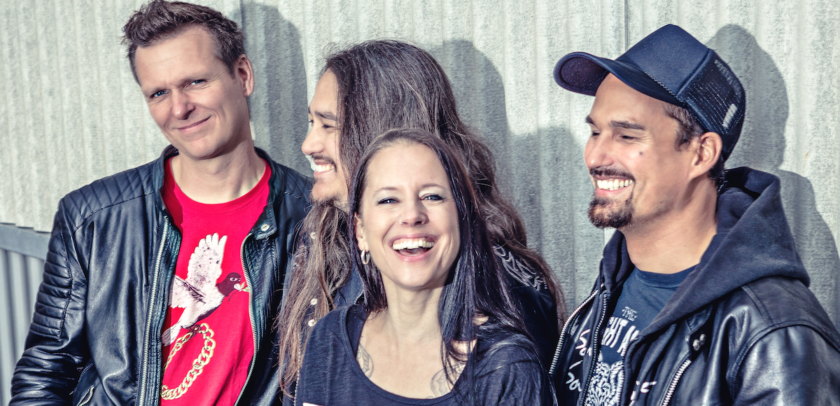 Nicole Kammermann ist Luzerner Mittelpunkt der Zürcher Band Redwood.