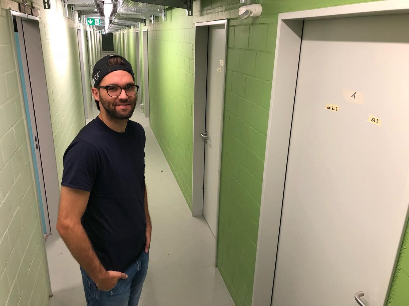 Daniel Fanger zeigt sein neues Zuhause.
