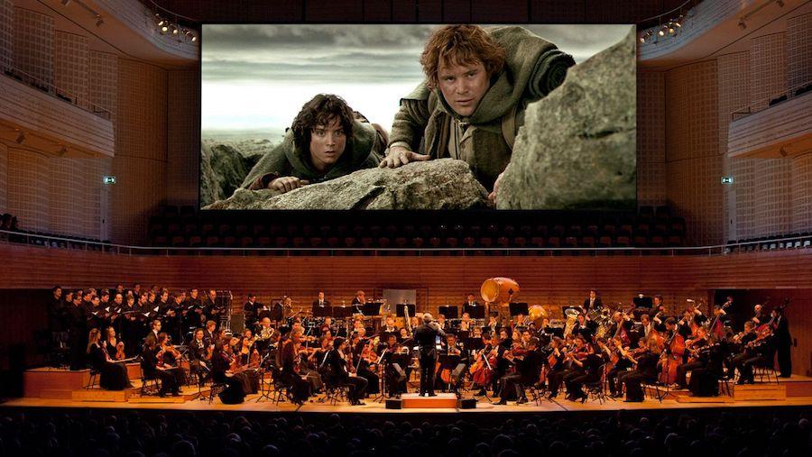 Mit «The Lord of the Rings» gelang dem 21st Century Orchestra 2008 der Durchbruch mit dem einzigartigen Konzept von Live-Orchestermusik zum Film.