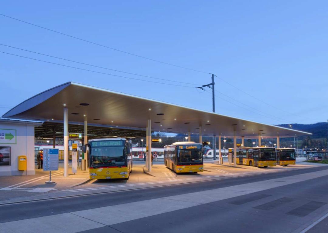 Das Perrondach des Bahnhofs Laufen, das als Vorbild für das neue Krienser Riesendach fungiert.