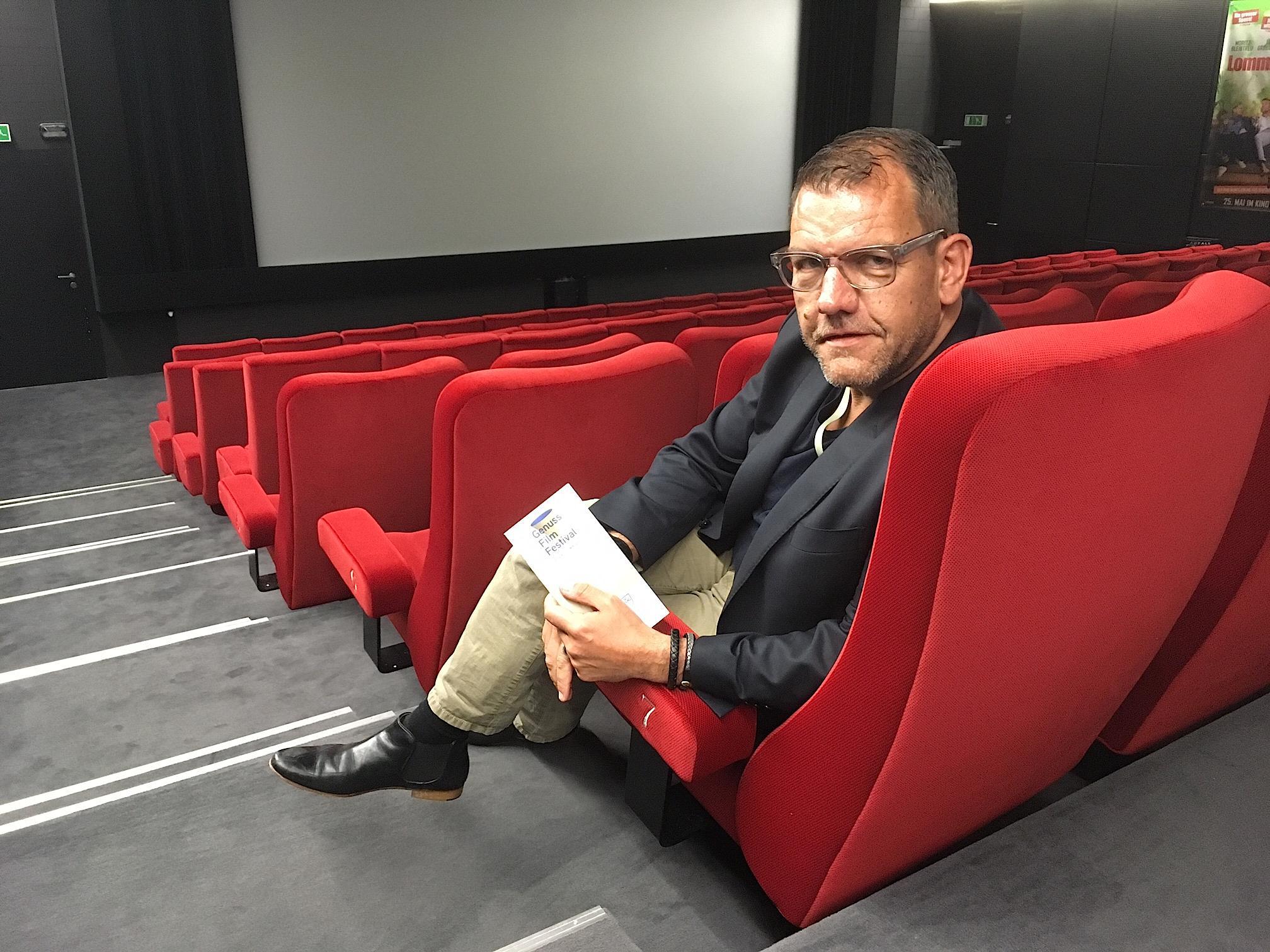 Matthias Luchsinger organisiert mit Erfolg das Zuger Genuss-Film-Festival. Er findet das sonntägliche Angebot etwas «betrüblich».