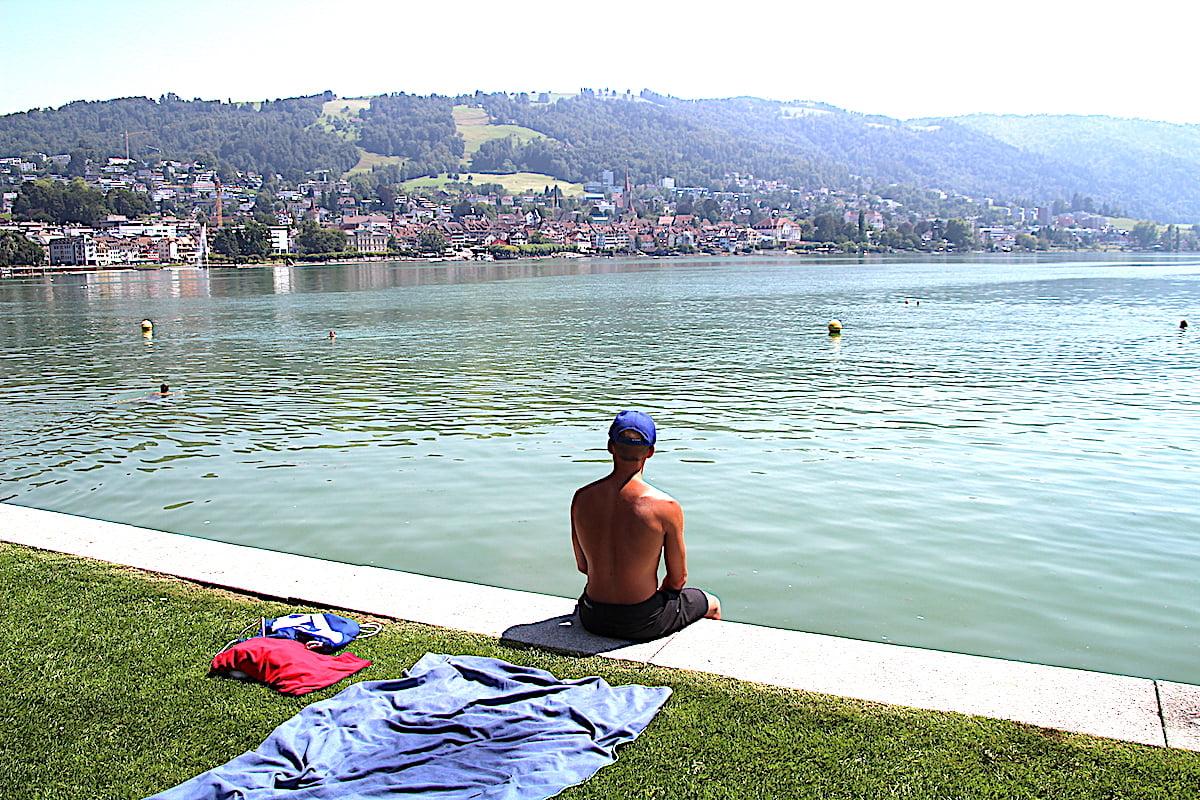 Der grösste Swimming-Pool in Zug, der allen gehört: der Zugersee.