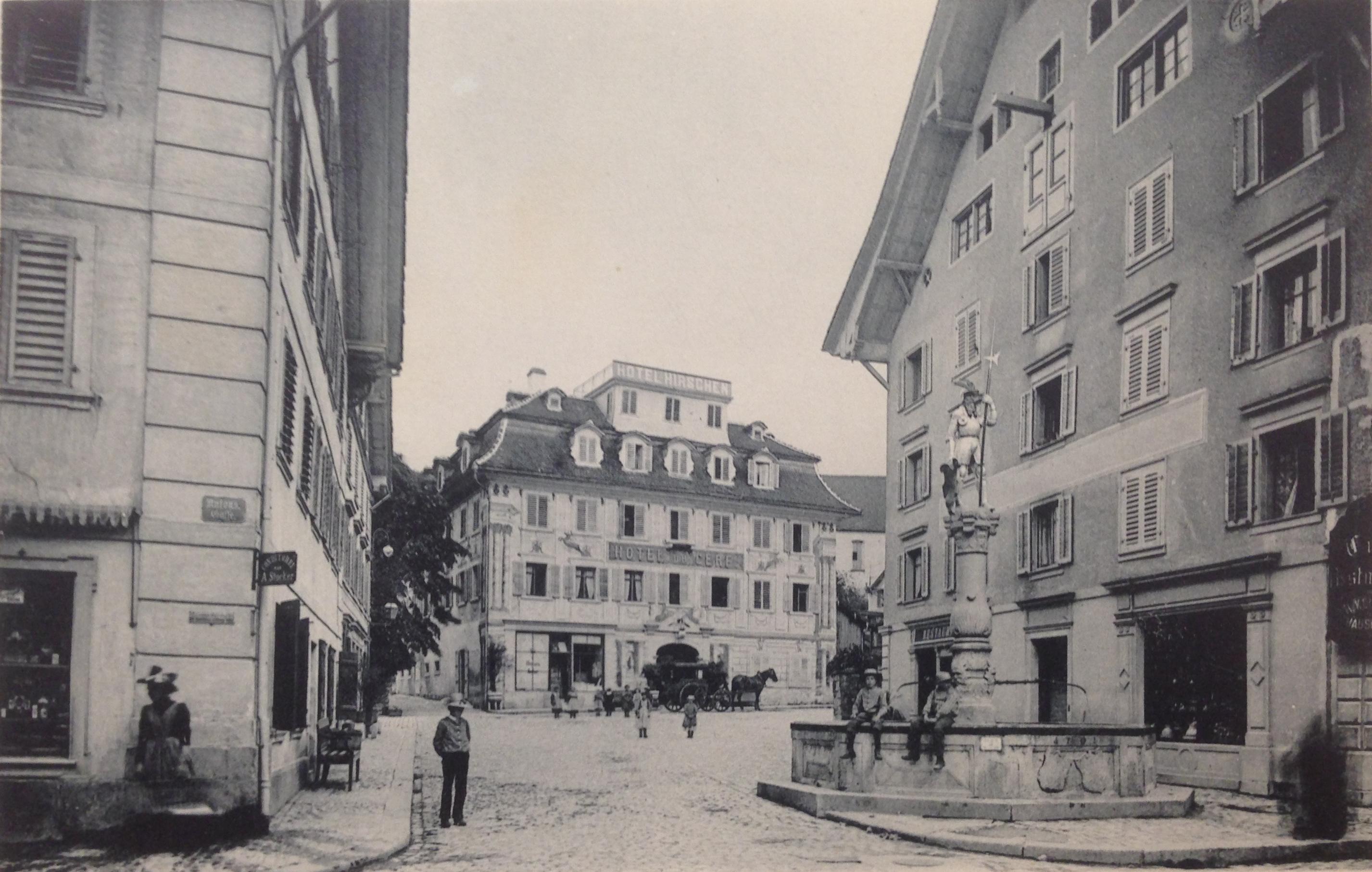 Zug, am Hirschenplatz.
