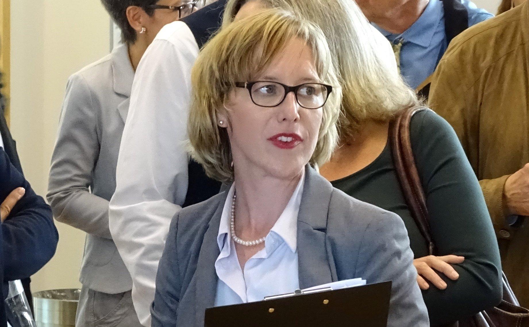 Barbara Gysel am Zuger Wahlsonntag.